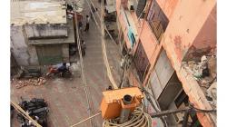 Výhled ze střechy hotelu Cozy Inn - kvalitní kabeláž