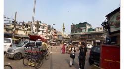 Pahar Ganj - ulice, kde se dá koupit kdeco