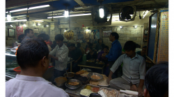 Rychlé občerstvení ve Starém Delhi