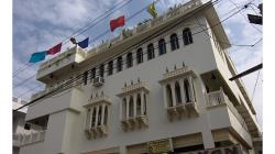 Jaipur - Hotel Kalyan, vzhledově nejhezčí, ze kterých jsme bydleli