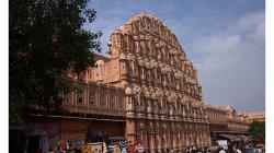 Jaipur - Jawa Mahal - palác větrů, prý když okny prochází vítr,