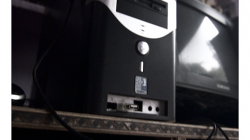 Internetová kavárna, USB porty byly libový :)