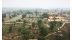 Orchha - pevnost, výhled mi značně připomínal fotky z Thajska