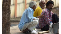 Cestou necestou - vpravo indický smoljakův levoboček