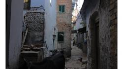 Varanasí - jedna z typických uliček