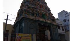 Varanasí - takovýchto míst je ve Varanasí spousta