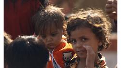 Varanasí - děti na ghátech