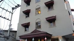 B2 hotel (night bazaar) - 350THB