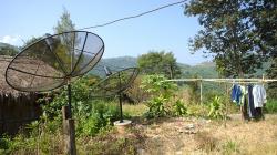 V horských vesničkách u Akha, a opět ty paraboly