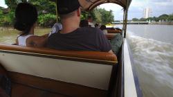 Výlet lodí po řece