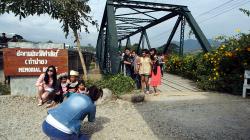 Memorial bridge poblíž Pai