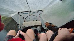 Cestujeme becakem pod igelitem / Traveling with becak, covered by plastic