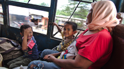 Veřejný autobus / Public bus