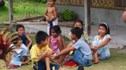 Místní děcka / Local kids