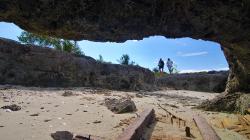 U jeskyně / By the cave