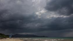 Blíží se bouře / Storm is coming