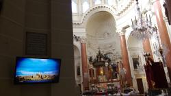 Jednoho dne se ta obrazovka možná dostane nad oltář