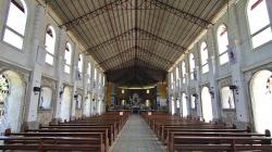V kostele / In the church