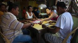 Mahjongová herna / Mahjong players