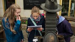 Čtení u klobouku